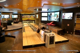 MSC Splendida - Bar des sports - Sports bar - Bowling