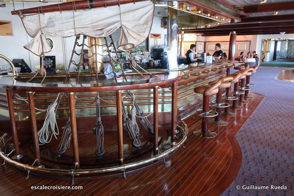 Celestyal Olympia - Argo lounge & bar