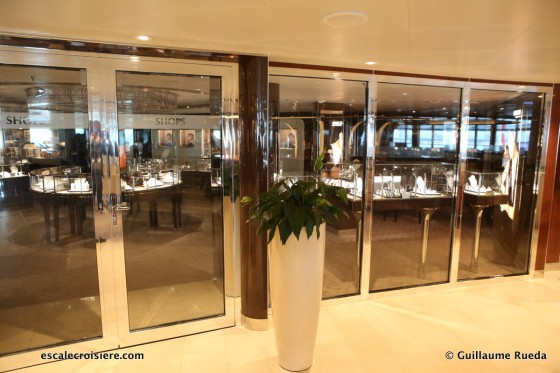 Seabourn Ovation - Boutiques