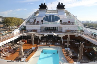 Seabourn Ovation - Piscine Centrale