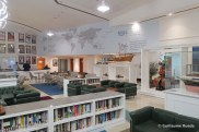 Queen Elizabeth 2 - Bibliothèque
