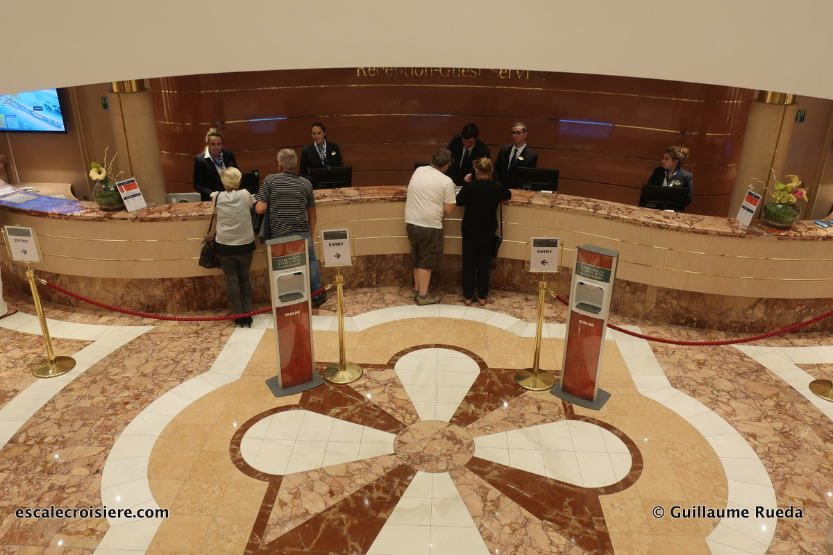 MSC Lirica - Atrium - Bureau Information