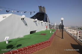 msc lirica - mini golf
