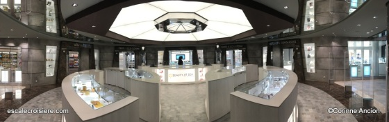 MSC Bellissima - Boutique