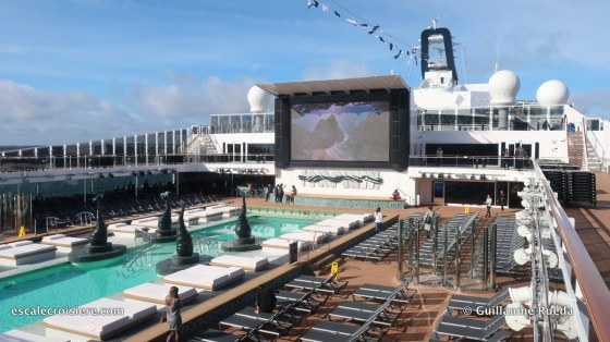 MSC Bellissima - Piscine Horizon pool