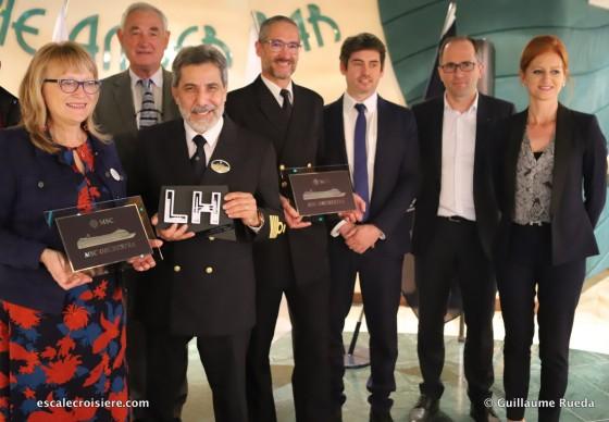 MSC Orchestra - Escale inaugurale Le Havre - Echange de plaques
