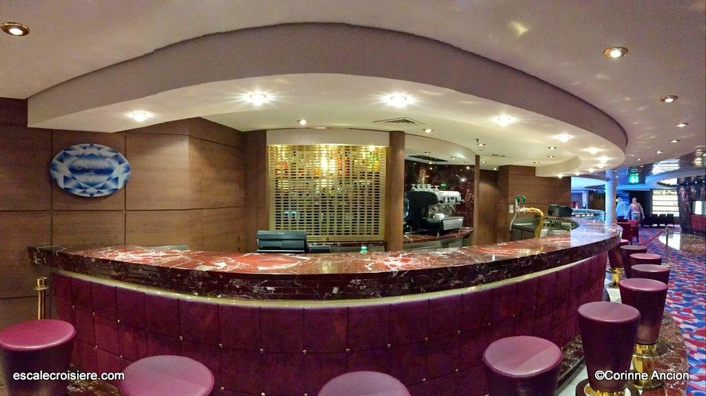 MSC Orchestra - Zaffiro bar