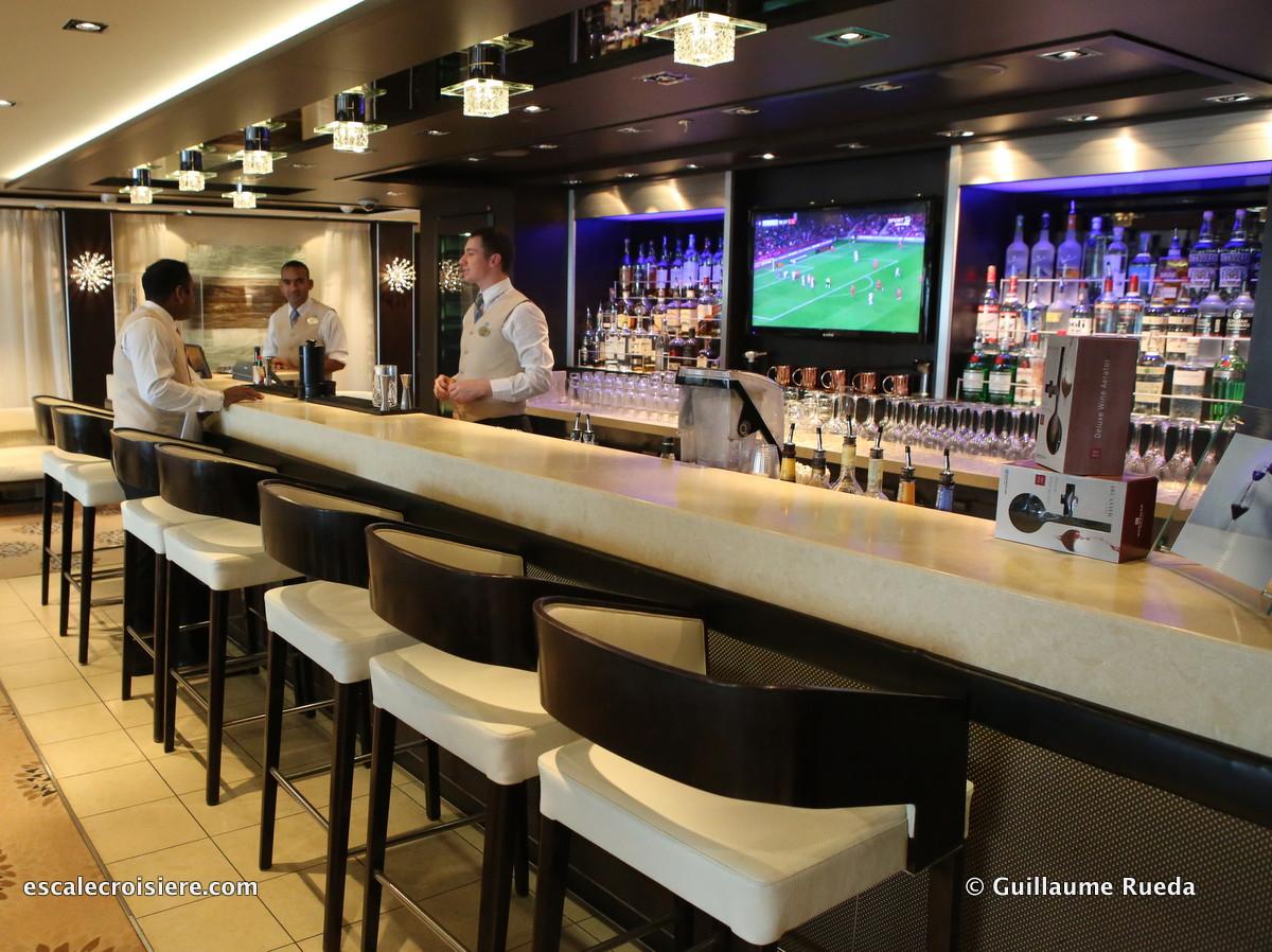 Norwegian Getaway - The Haven bar