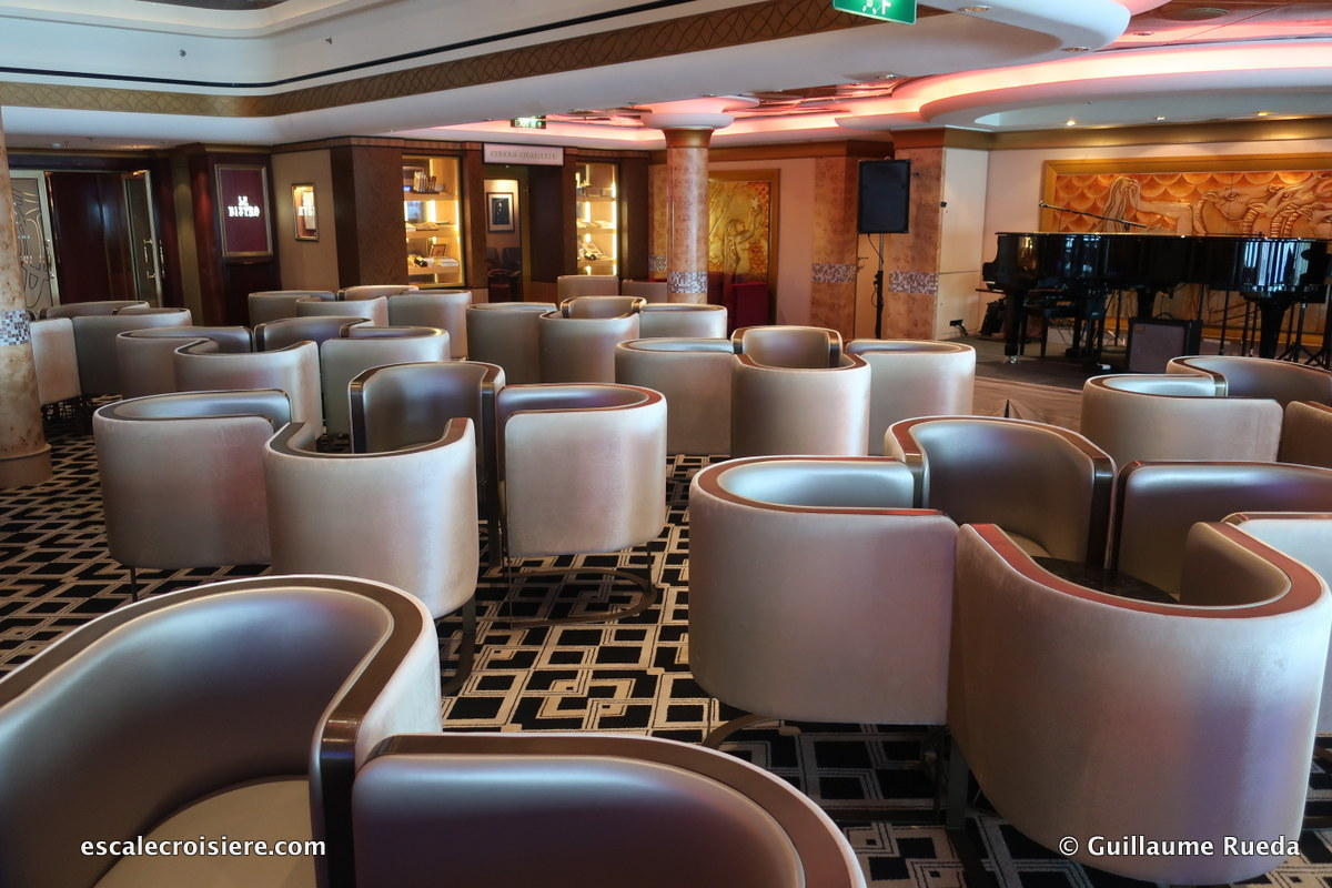 Norwegian Pearl - Cigar Lounge