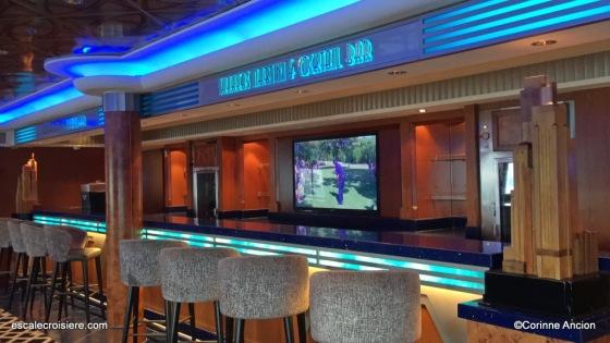 Norwegian Pearl - Shakers & Martini cocktail bar