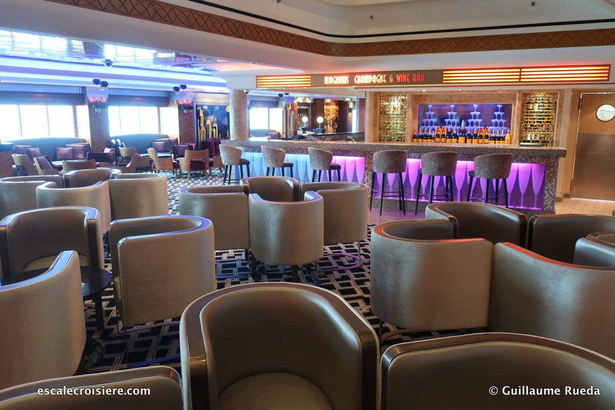 Norwegian Pearl - Champagne bar