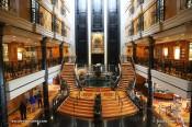 Norwegian Spirit - Atrium Grand Centrum