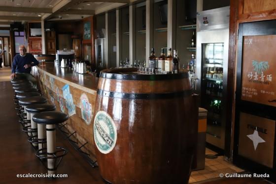 Norwegian Spirit - Shanghai bar