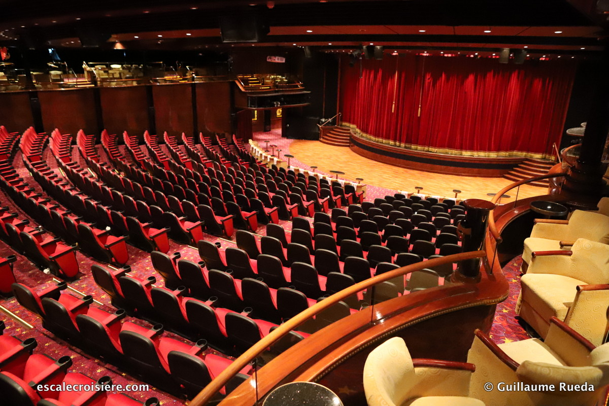 Norwegian Spirit - Stardust theater