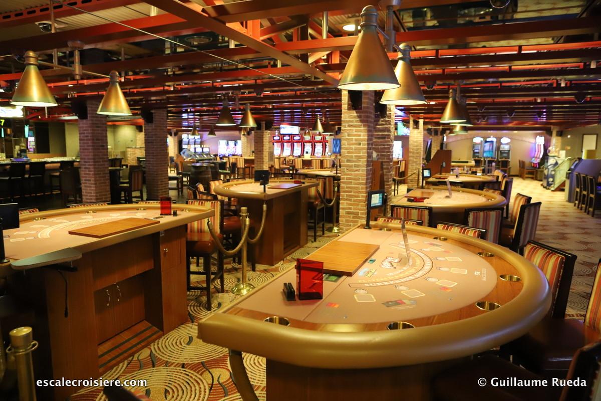 Crown Princess - Gatsby Casino