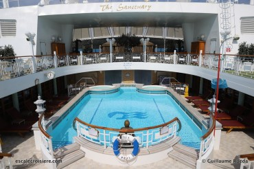 Crown Princess - Piscine du Sanctuary