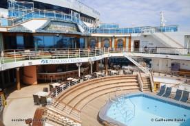 Crown Princess - Piscine Terrace pool