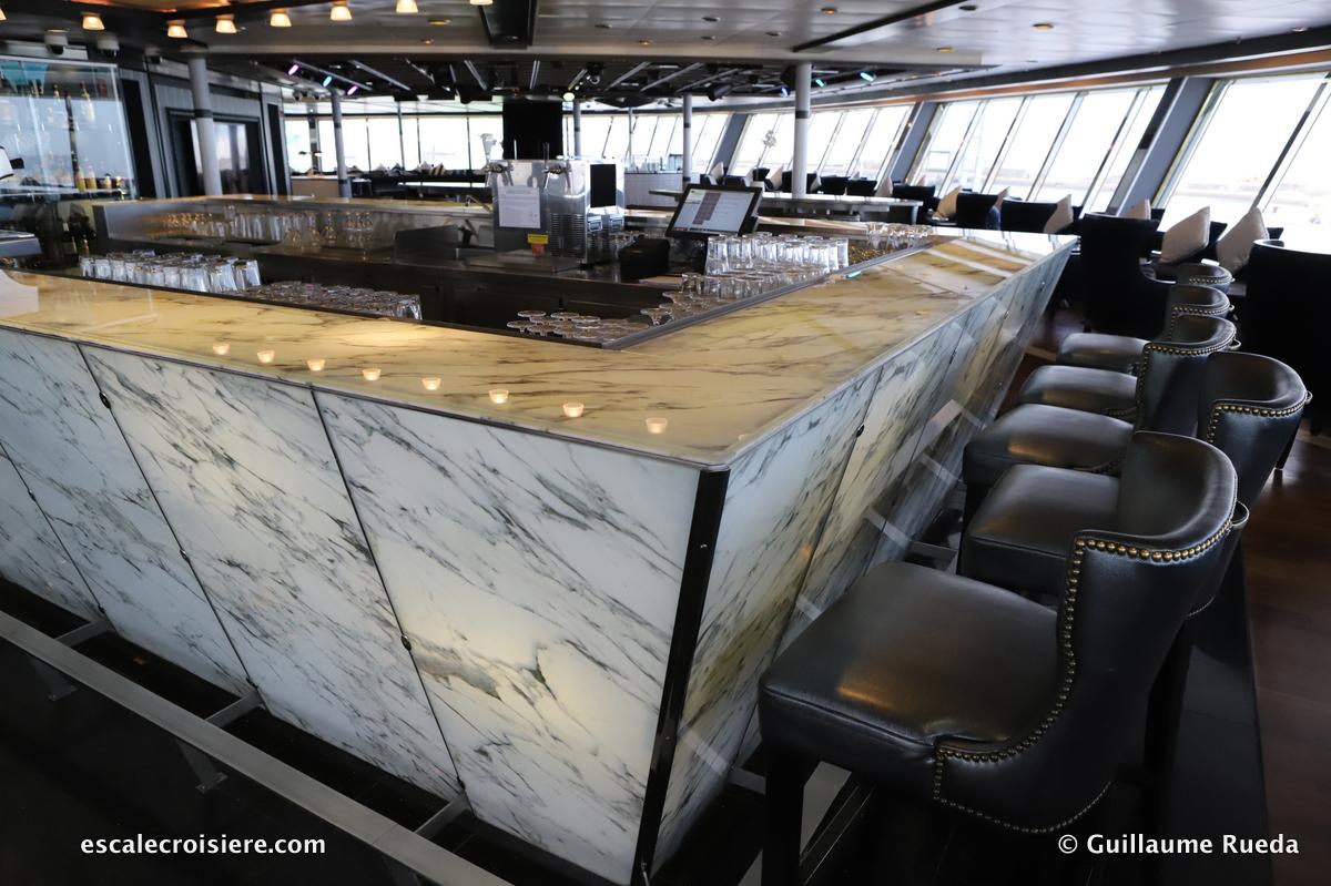 Vasco Da Gama - Bars & Salons