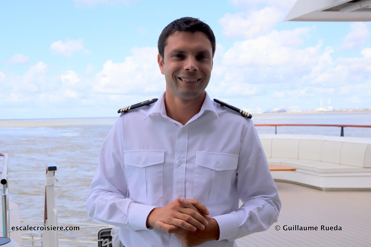 Dumont D'Urville - Commandant Florian Richard