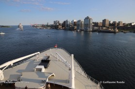 2019-07-26_Parade Queen Mary 2 - Queen Elizabeth Halifax