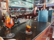 Queen Mary 2 - Commodore Club