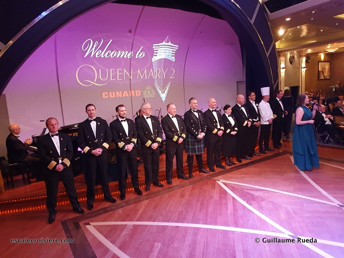Officiers Queen Mary 2 - Soirée de Gala