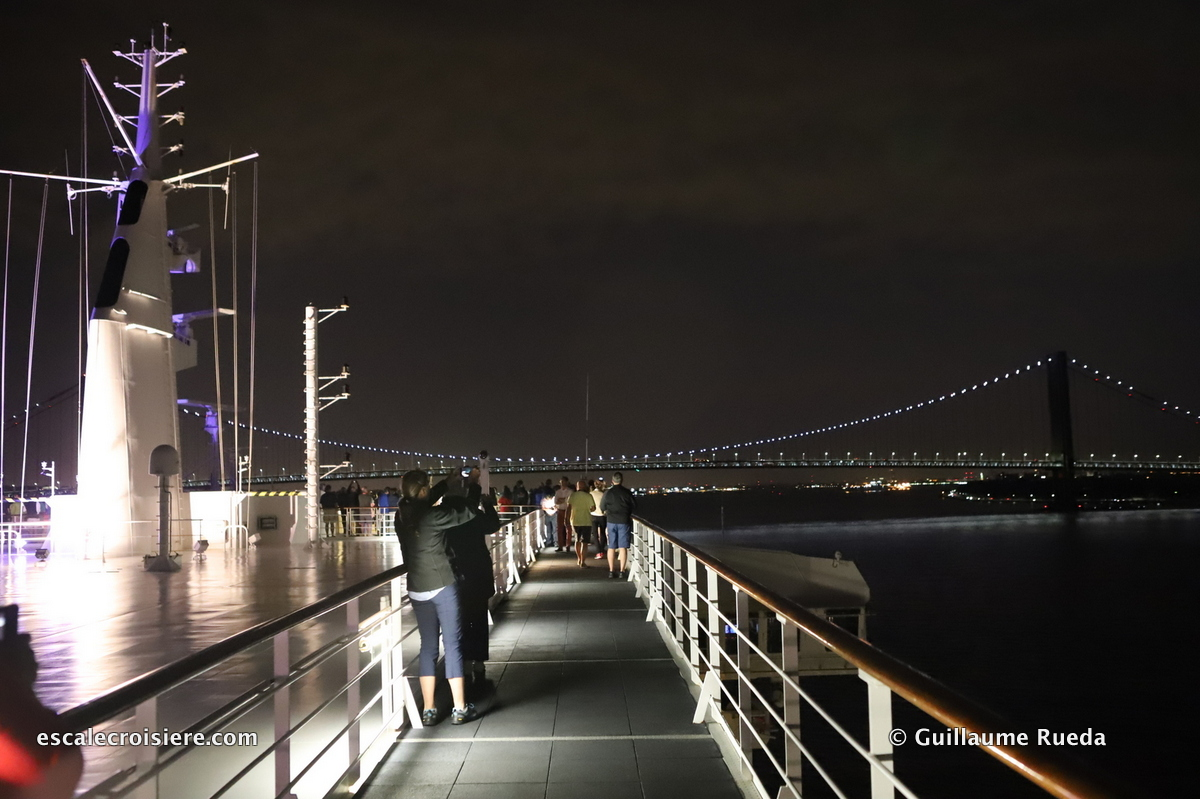 Queen Mary 2 - Transatlantique - New York - Verrazano bridge