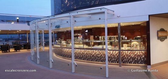 MSC Grandiosa - Atmosphere grill
