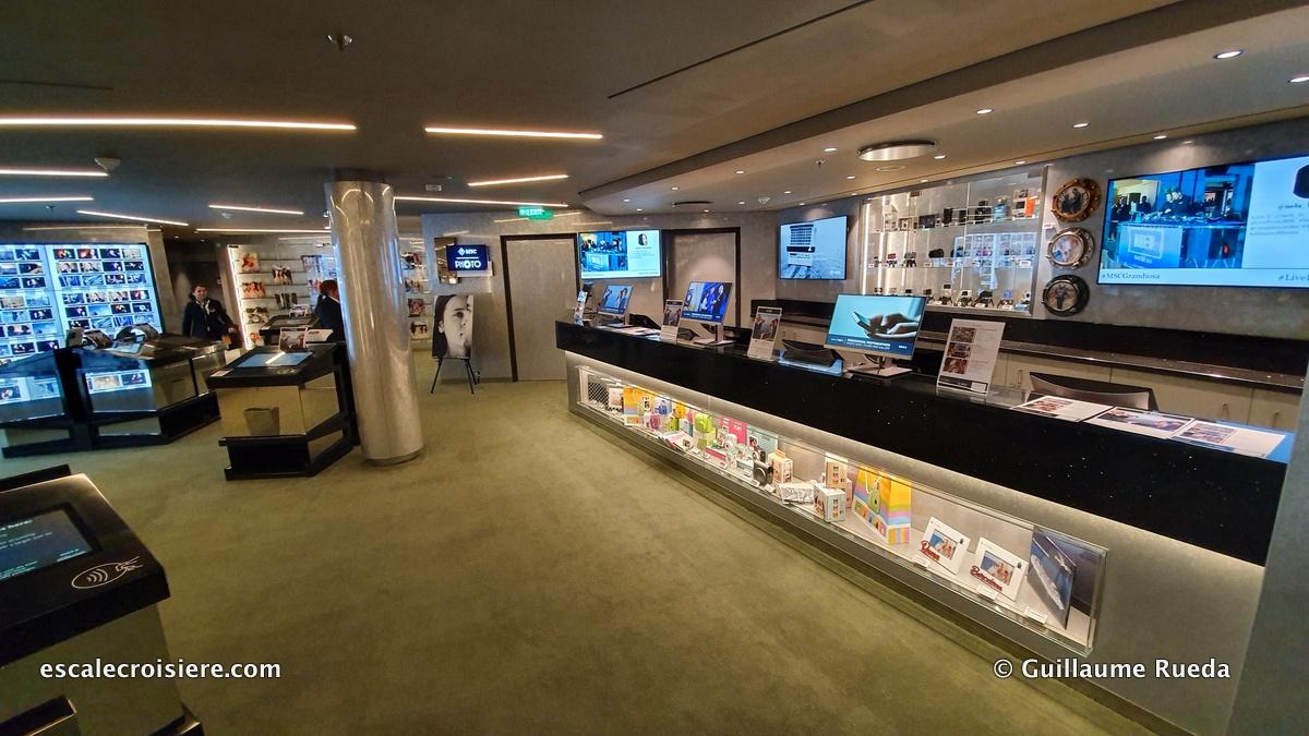 MSC Grandiosa - Boutique photo