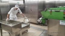 MSC Grandiosa - Market place buffet - Mozzarella