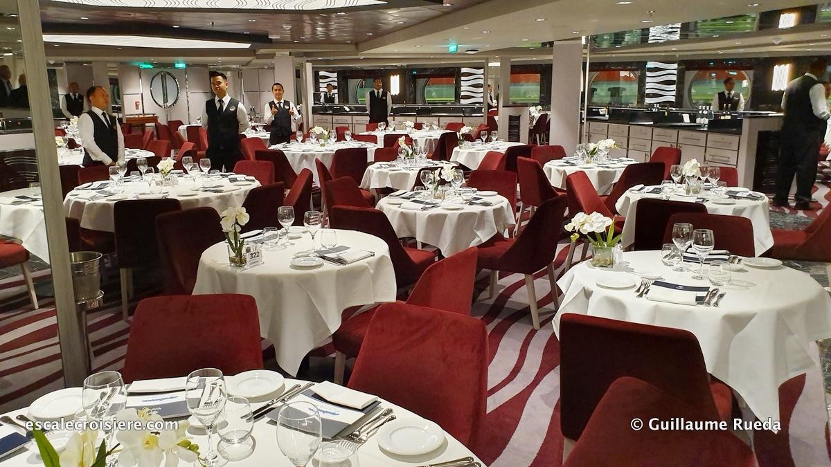 MSC Grandiosa - Purple Crab restaurant