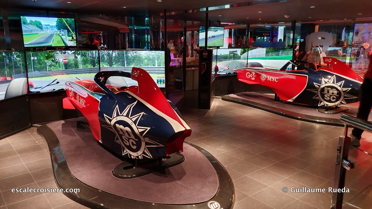 MSC Grandiosa -Simulateur de F1