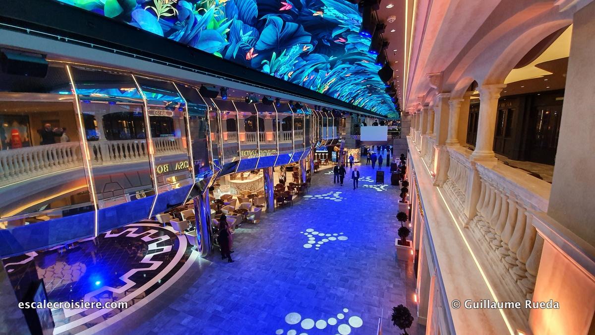 MSC Grandiosa - Sky Dome LED