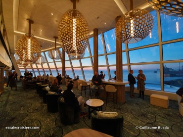 Observation Lounge - Norwegian Encore