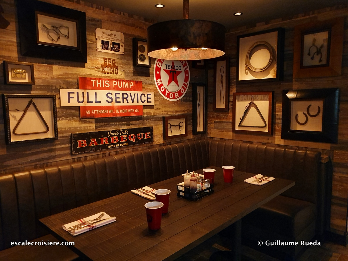 Q Texas Smokehouse restaurant- Norwegian Encore