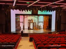 Theatre - Norwegian Encore