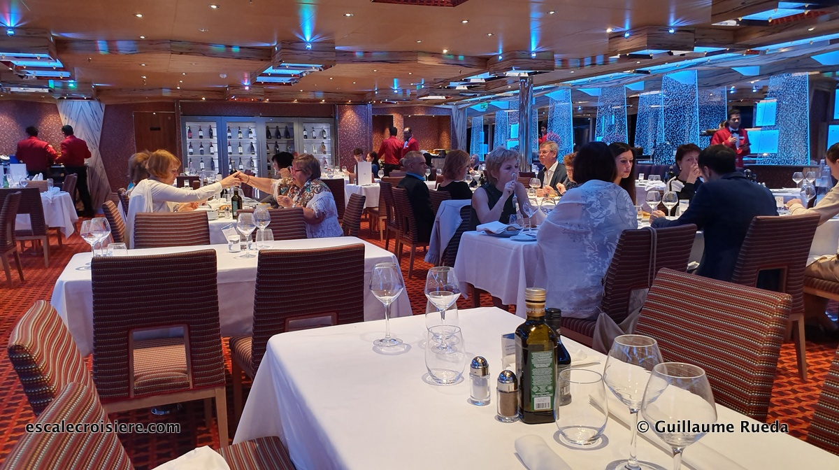 Costa Diadema - restaurant Corona Blue