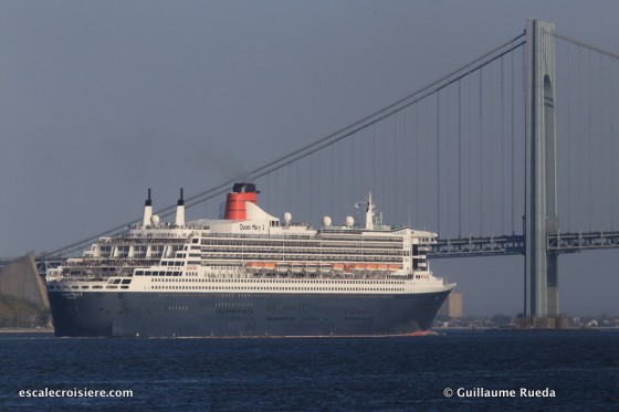 Queen Mary 2 - Verrazano bridge