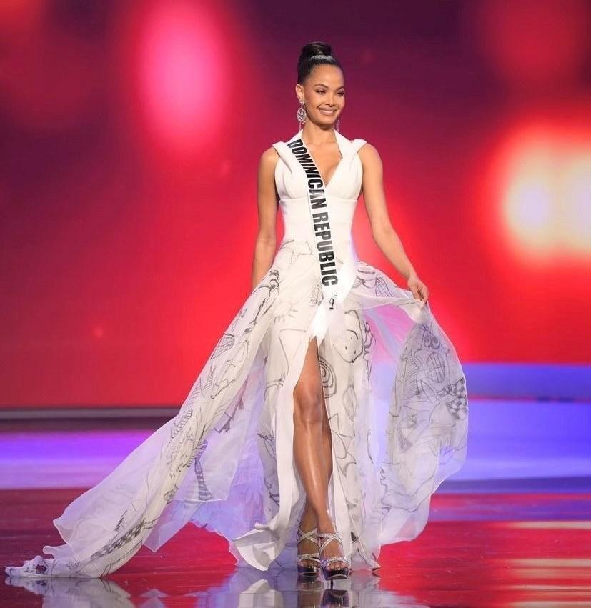 Miss République Dominicaine : Kimberly Jimenez