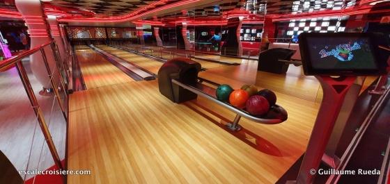 MSC Seaside - Bowling