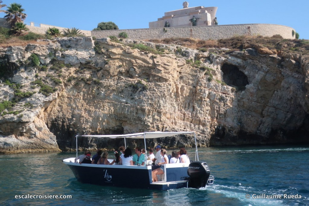 Ortigia grottes - Syracuse